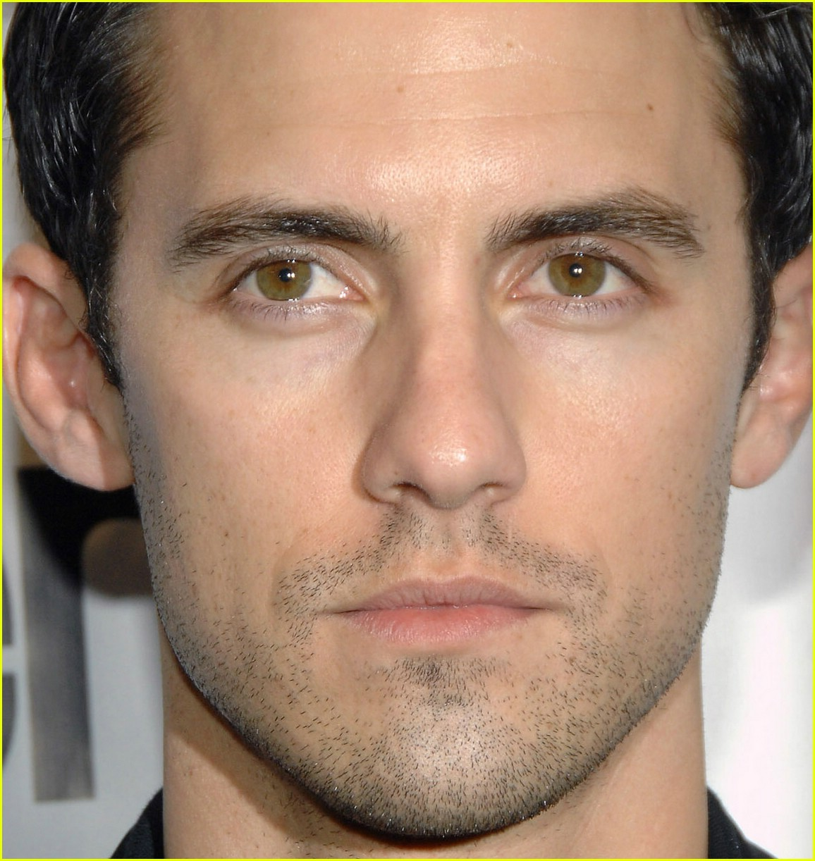 Milo Ventimiglia   BAFTA Awards 2008  Photo 1077651   Adrian Pasdar