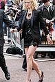 gwyneth paltrow gorgeous gams 30