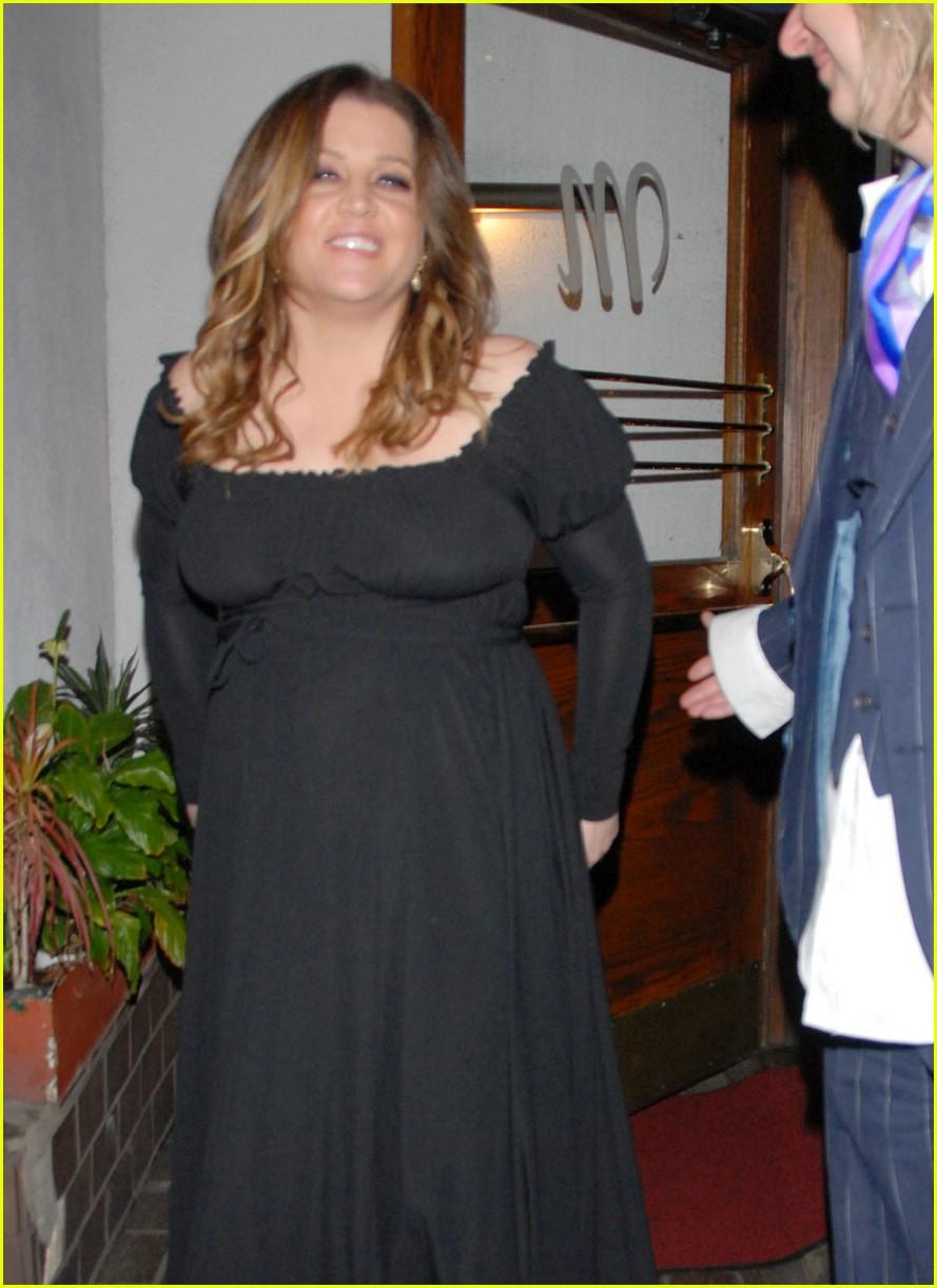 lisa marie presley baby bump 081052981