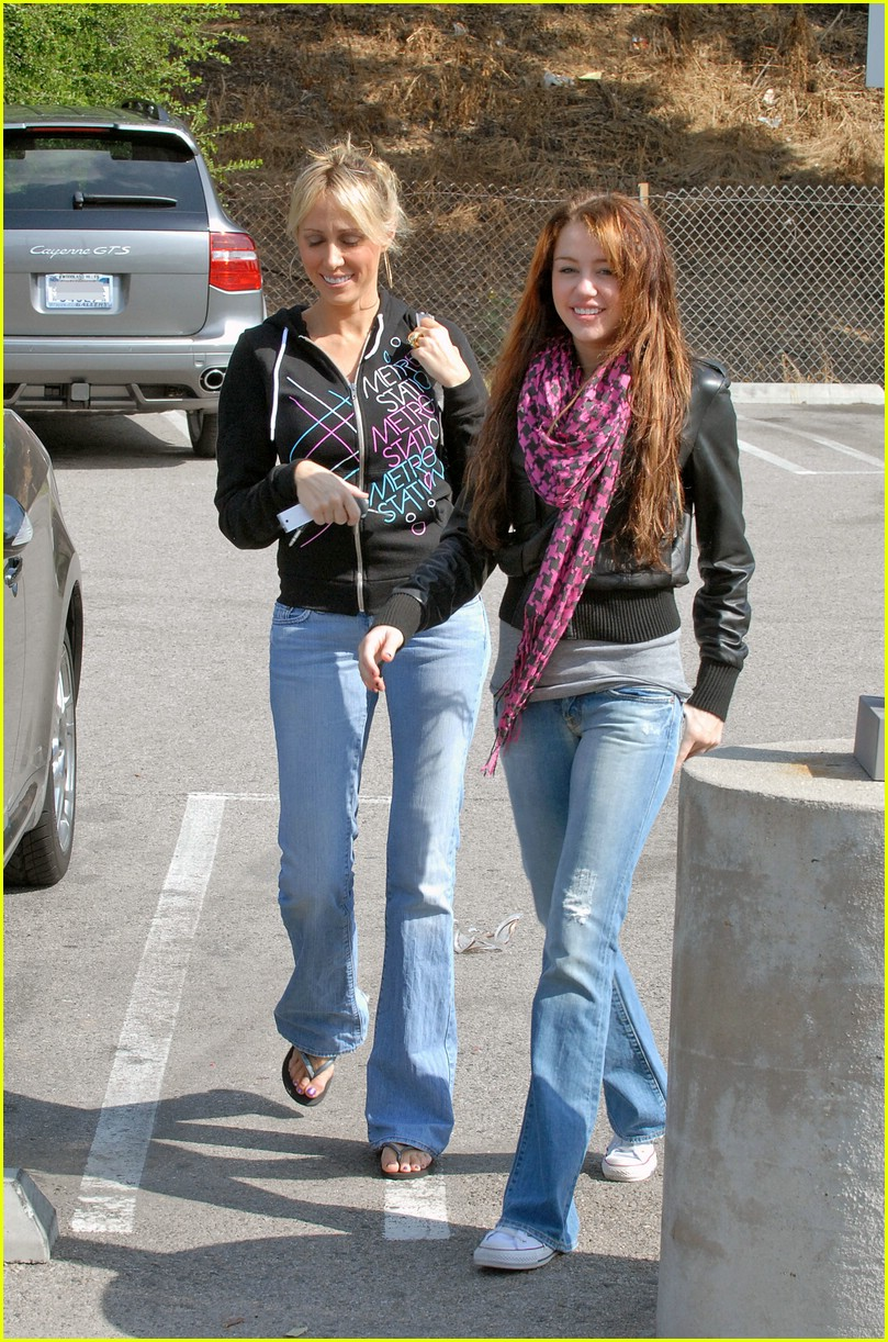 miley cyrus tish wish 03