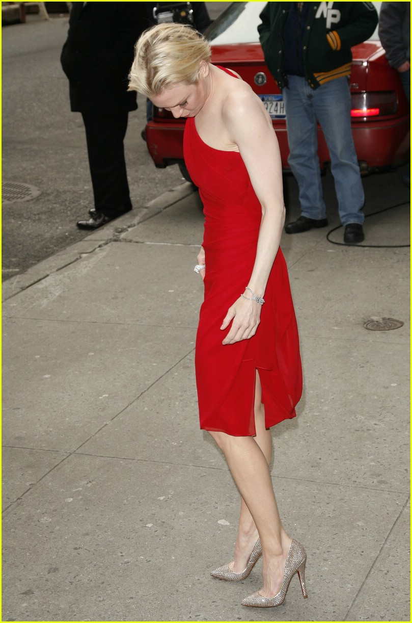 Renee Zellweger @ Late Show with David Letterman: Photo ...
