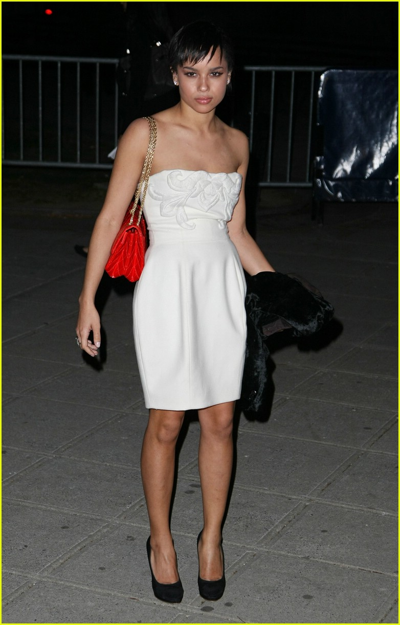 zoe kravitz chanel tennessee tribeca 01