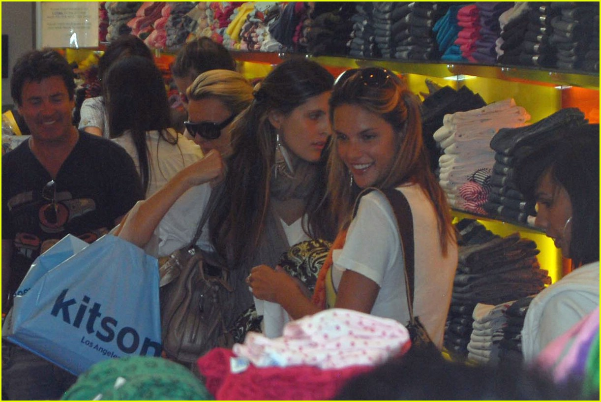 alessandra ambrosio smiley face 481107091