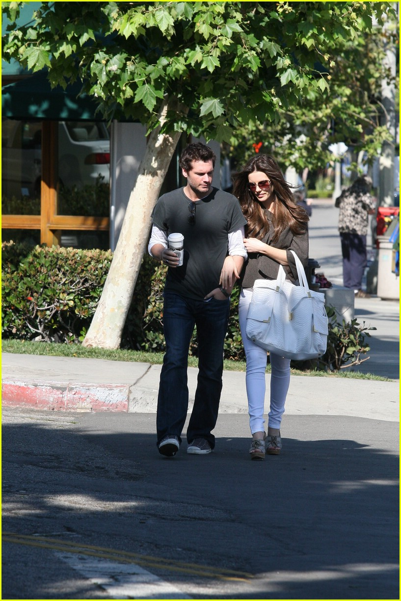 kate beckinsale starbucks star 081157171