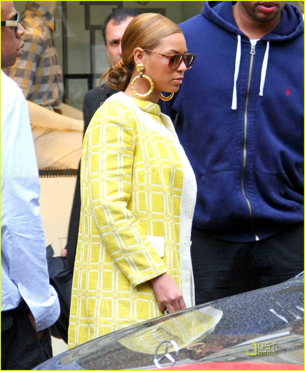 beyonce yummy in yellow 011158151