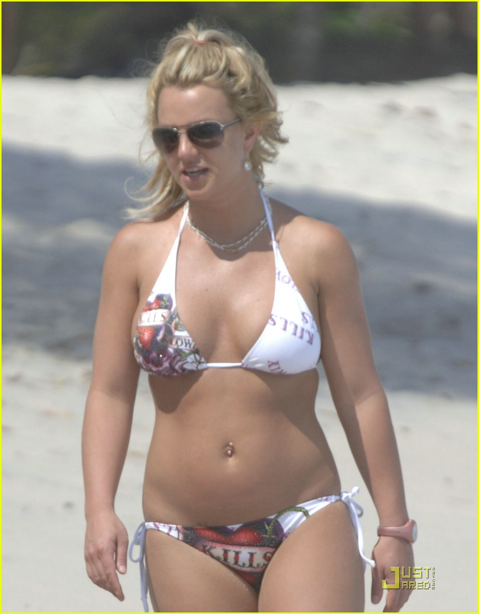 Britney's Bikini: Love Kills Slowly: Photo 1135651 ...