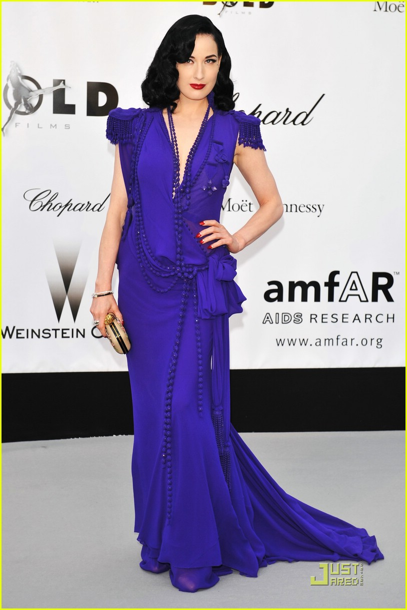 dita von teese amfar cinema against aids 10