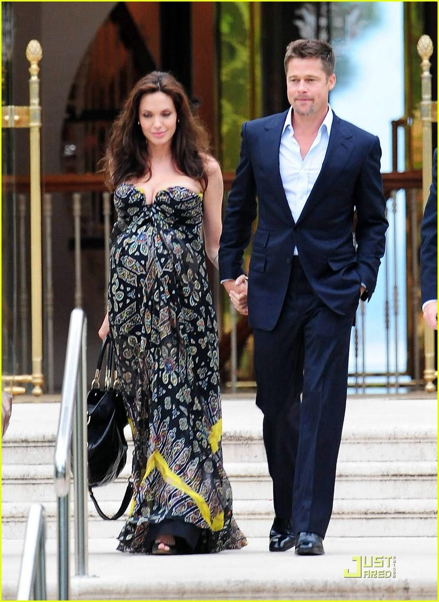 Angelina Jolie S Pregnant