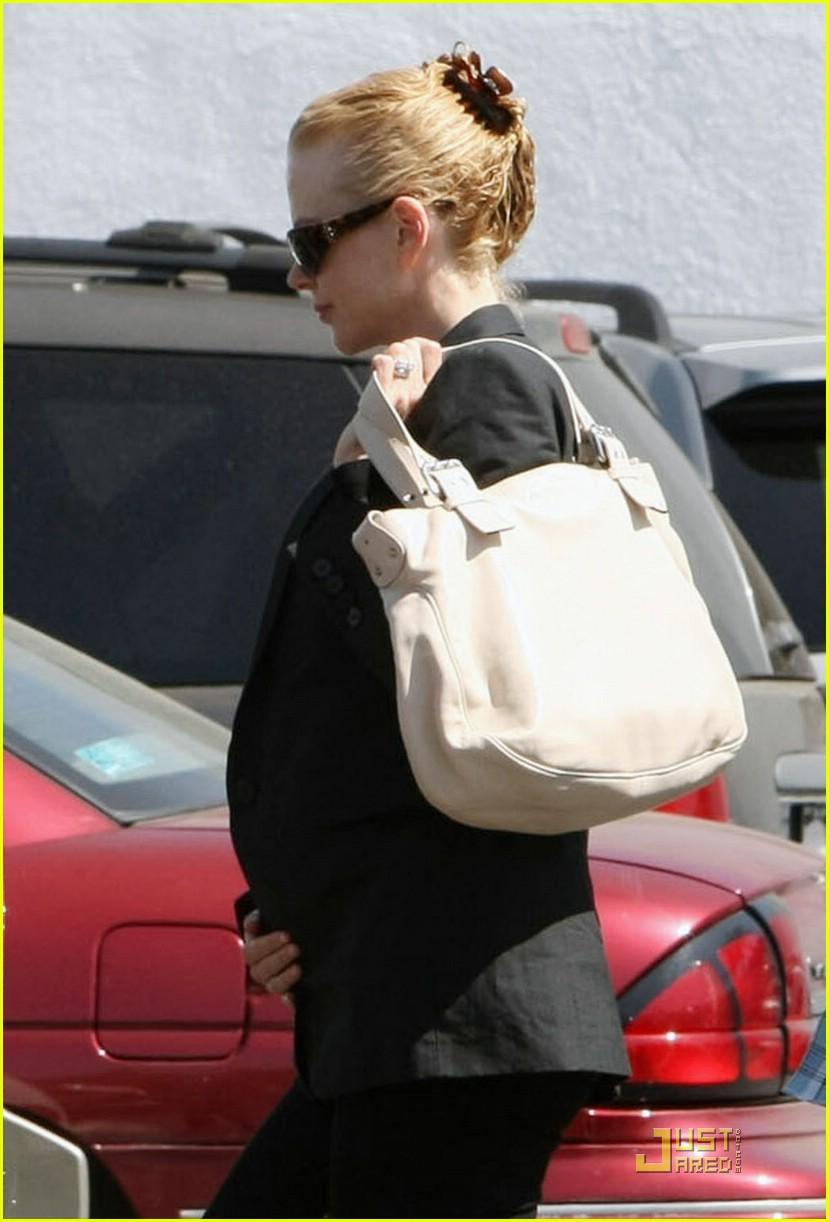 nicole kidman pregnant nude 021145871