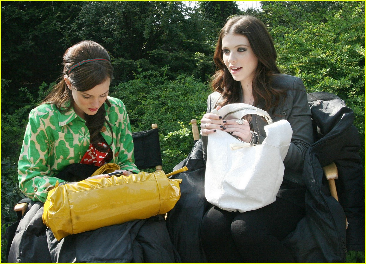 leighton meester green gossip girl 25