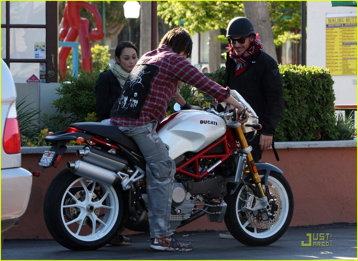 jared leto motorcycle 04