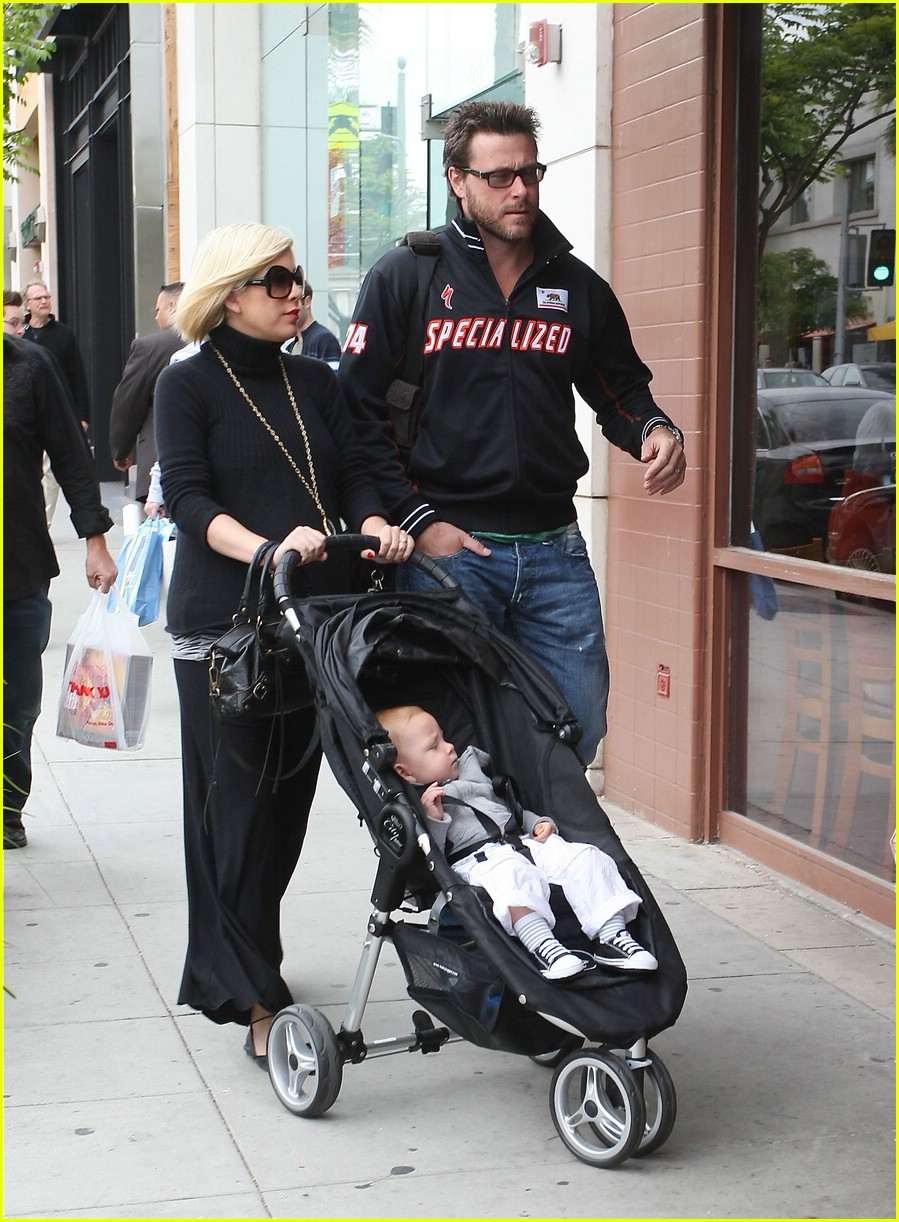 tori spelling specialized spouse 101154461