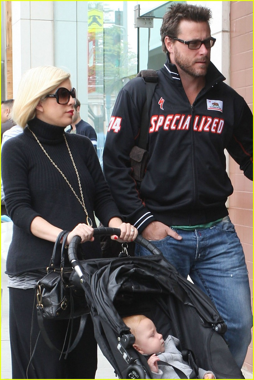 tori spelling specialized spouse 111154471