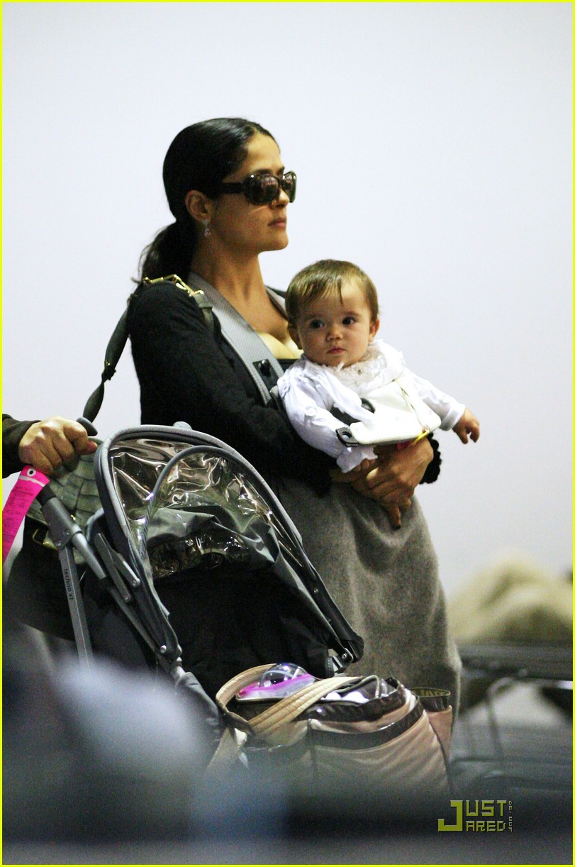 valentina pinault mothers day 031122071