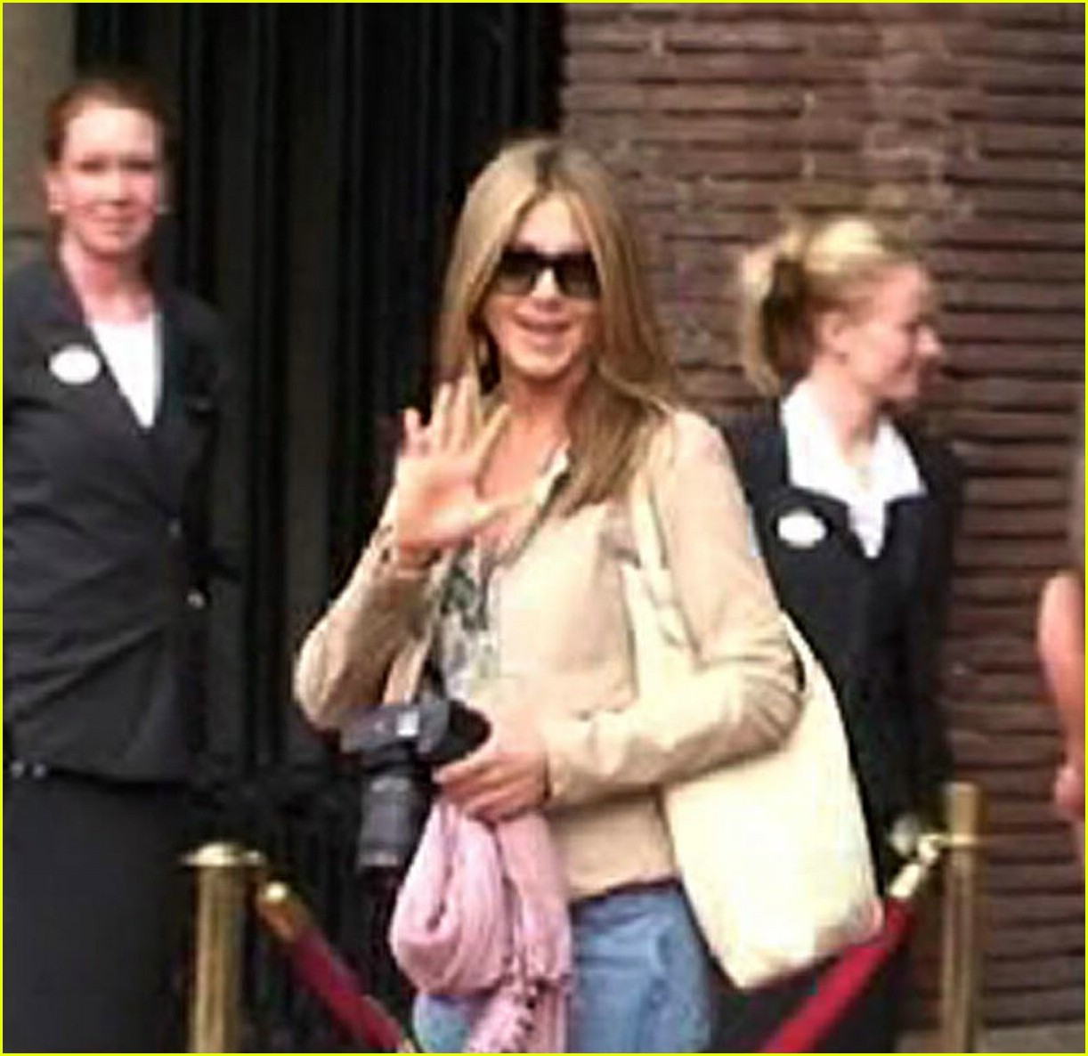 jennifer aniston amsterdam 03