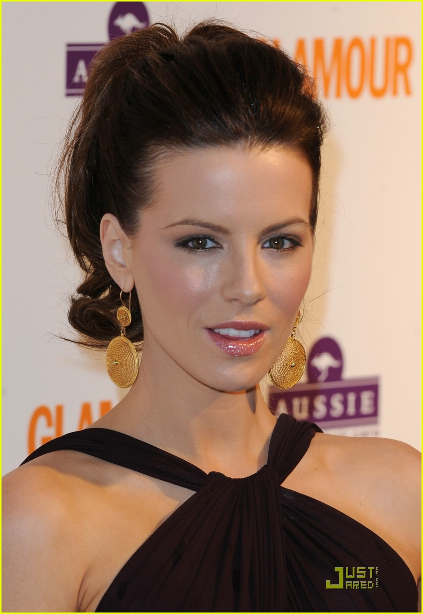 kate beckinsale glamour women of the year 071180771