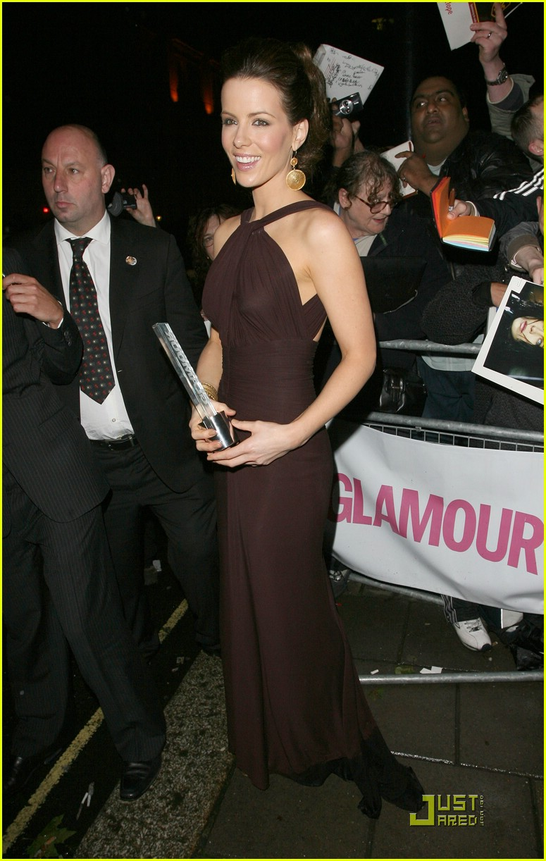 kate beckinsale glamour women of the year 201180901
