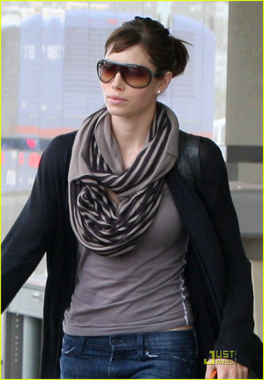 jessica biel lax 06