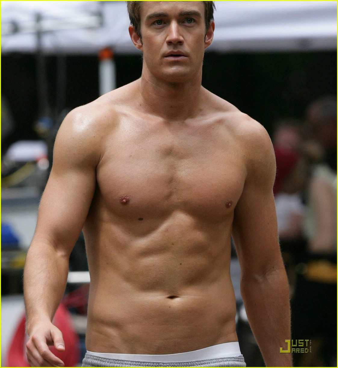 robert buckley hot 171234911