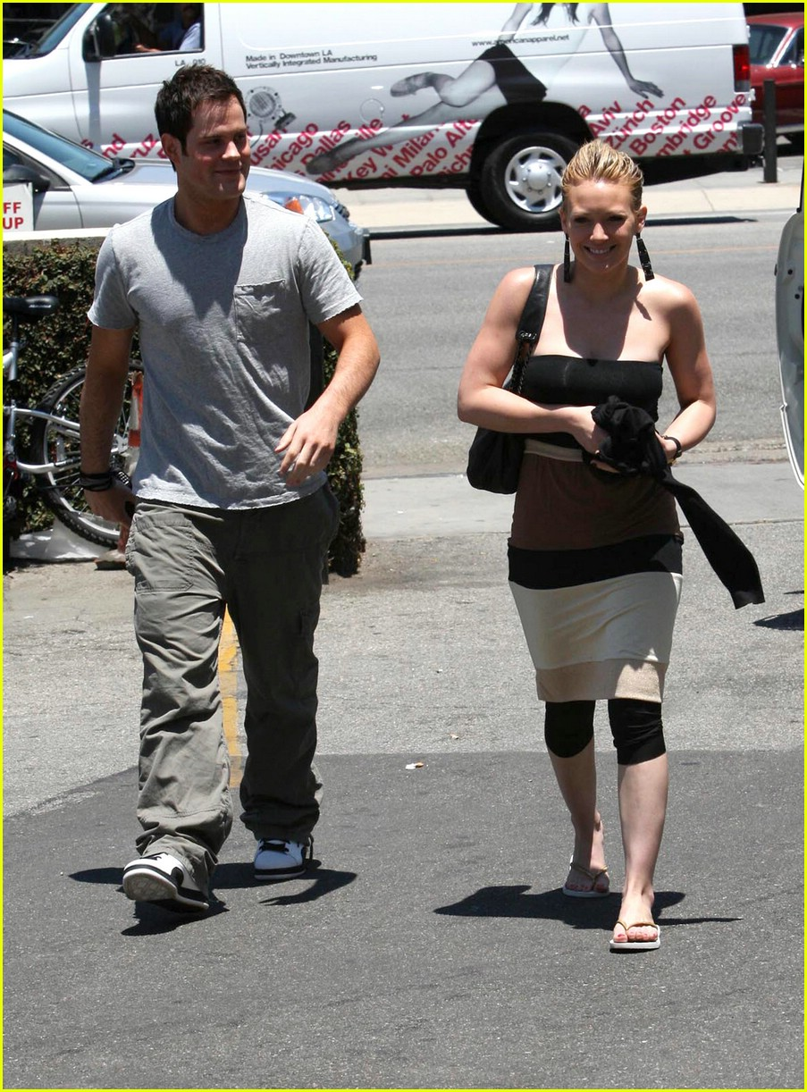 hilary duff bands brown 061202791