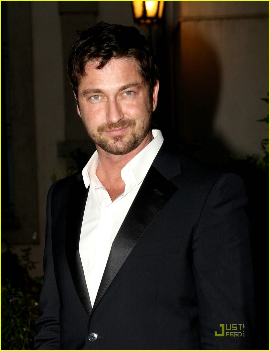 gerard butler milan fashion week 04