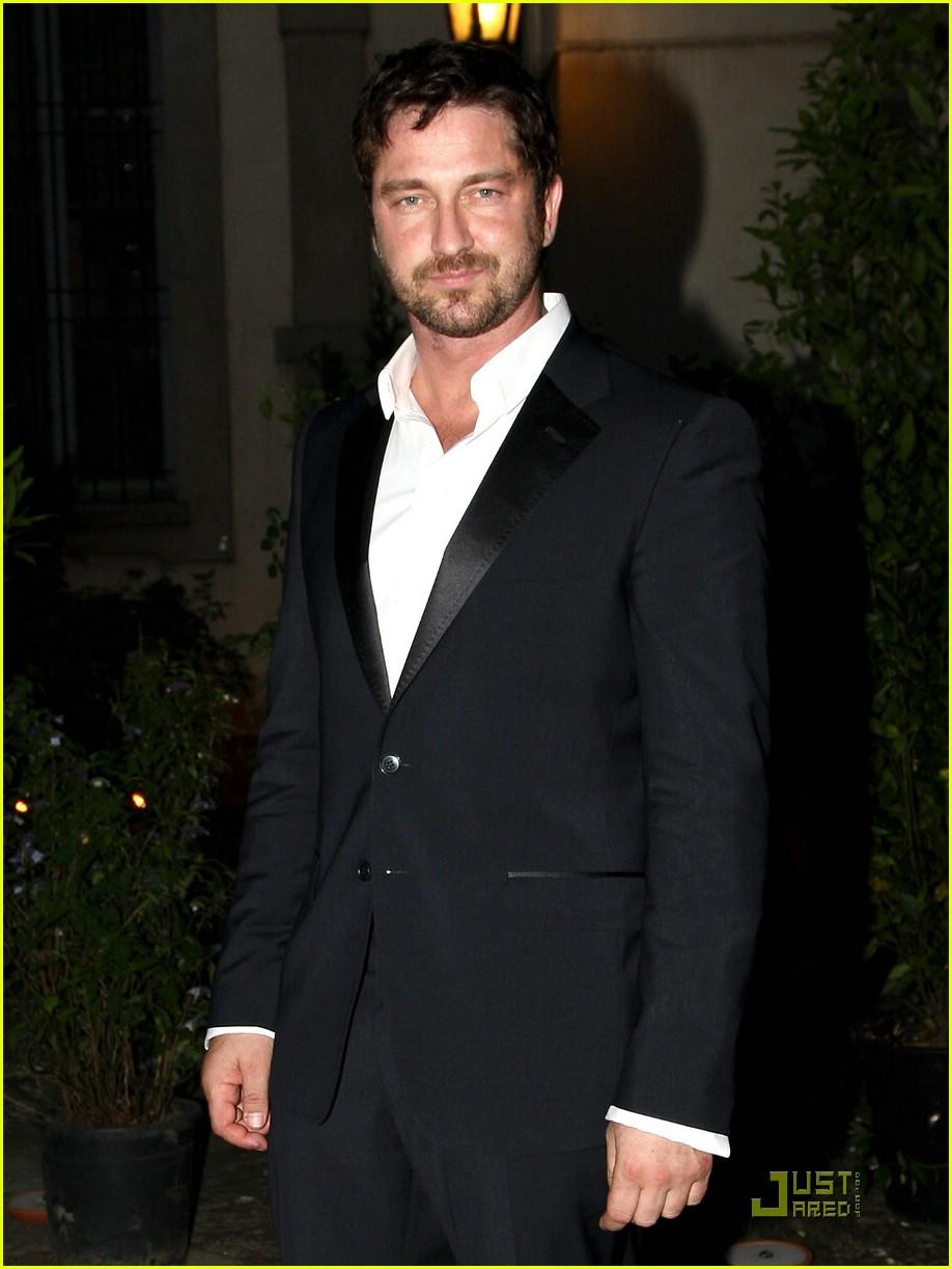 gerard butler milan fashion week 061222001