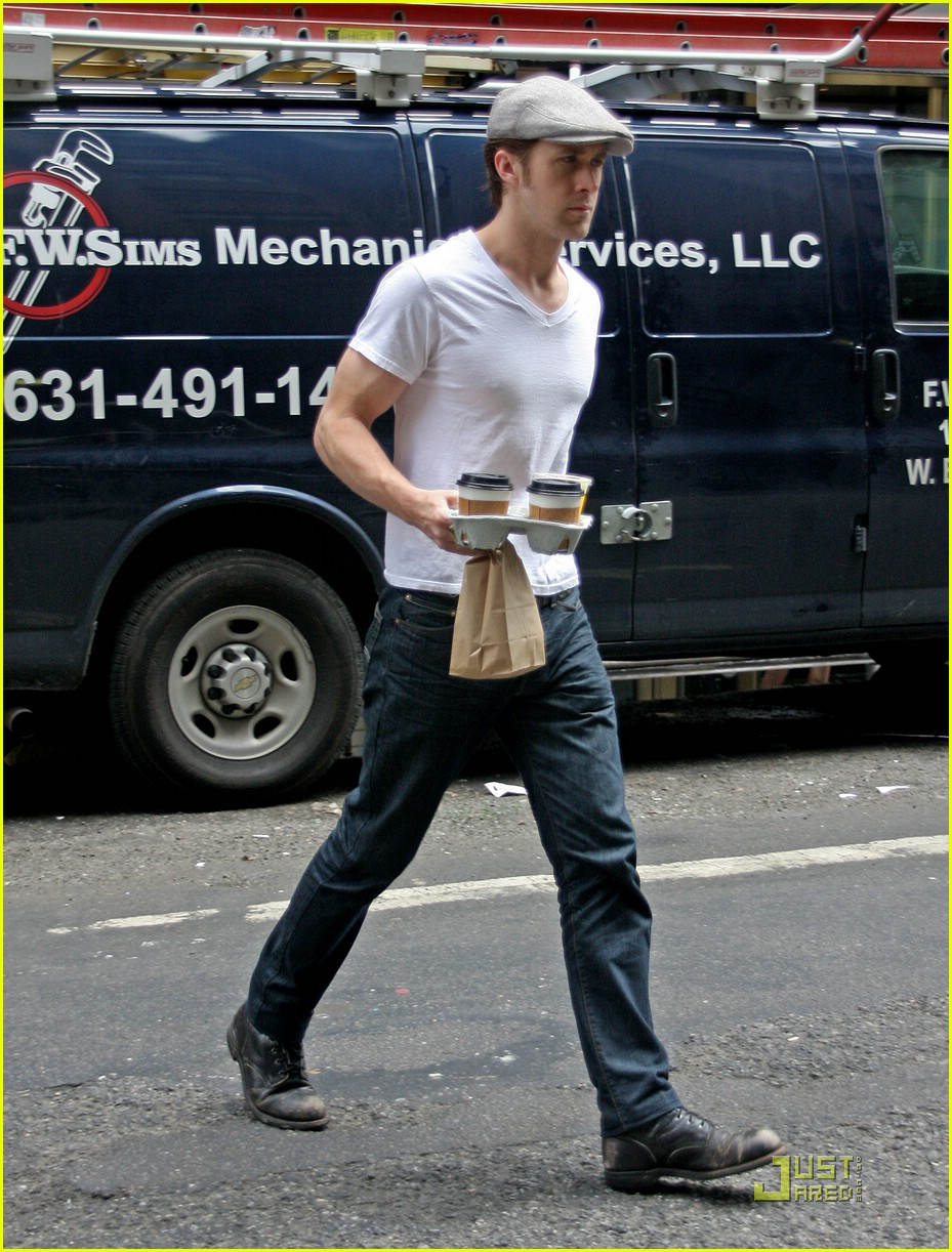 ryan gosling muscles 021205511