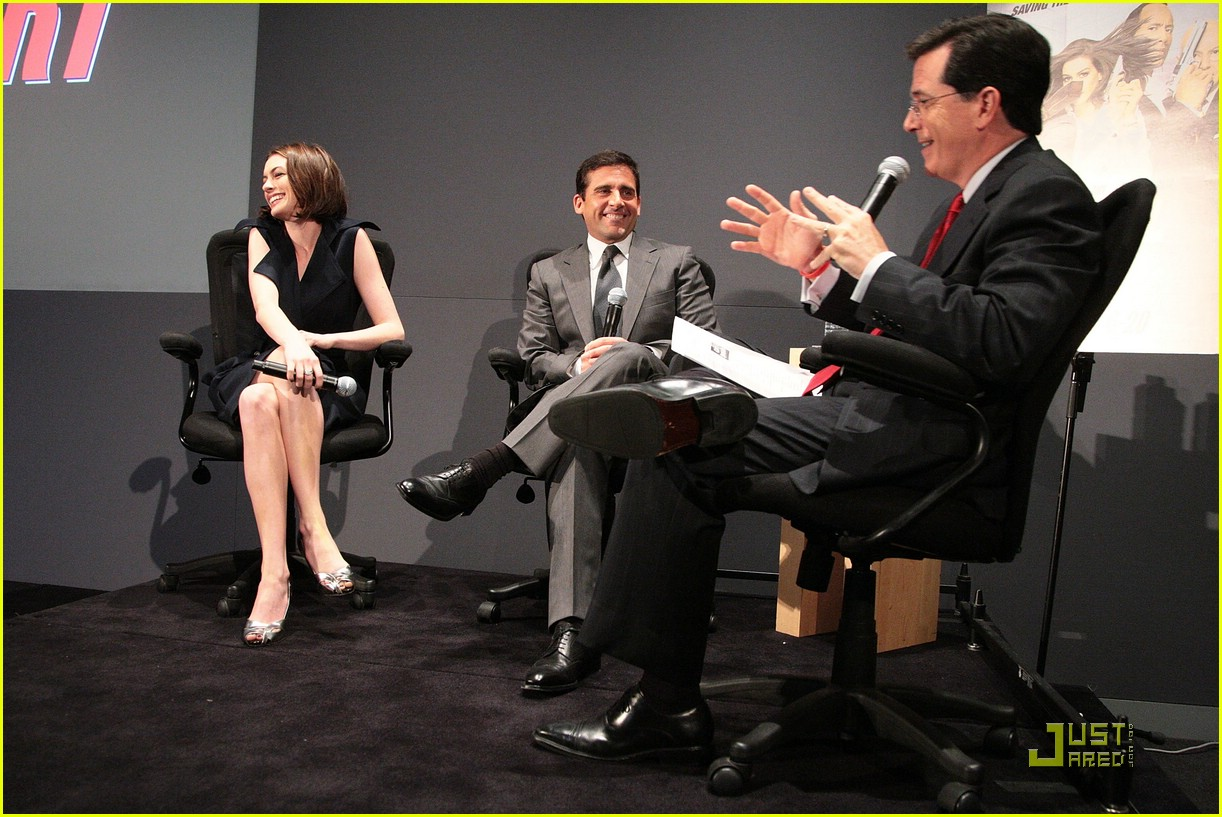anne hathaway steve carell stephen colbert apple 171212231