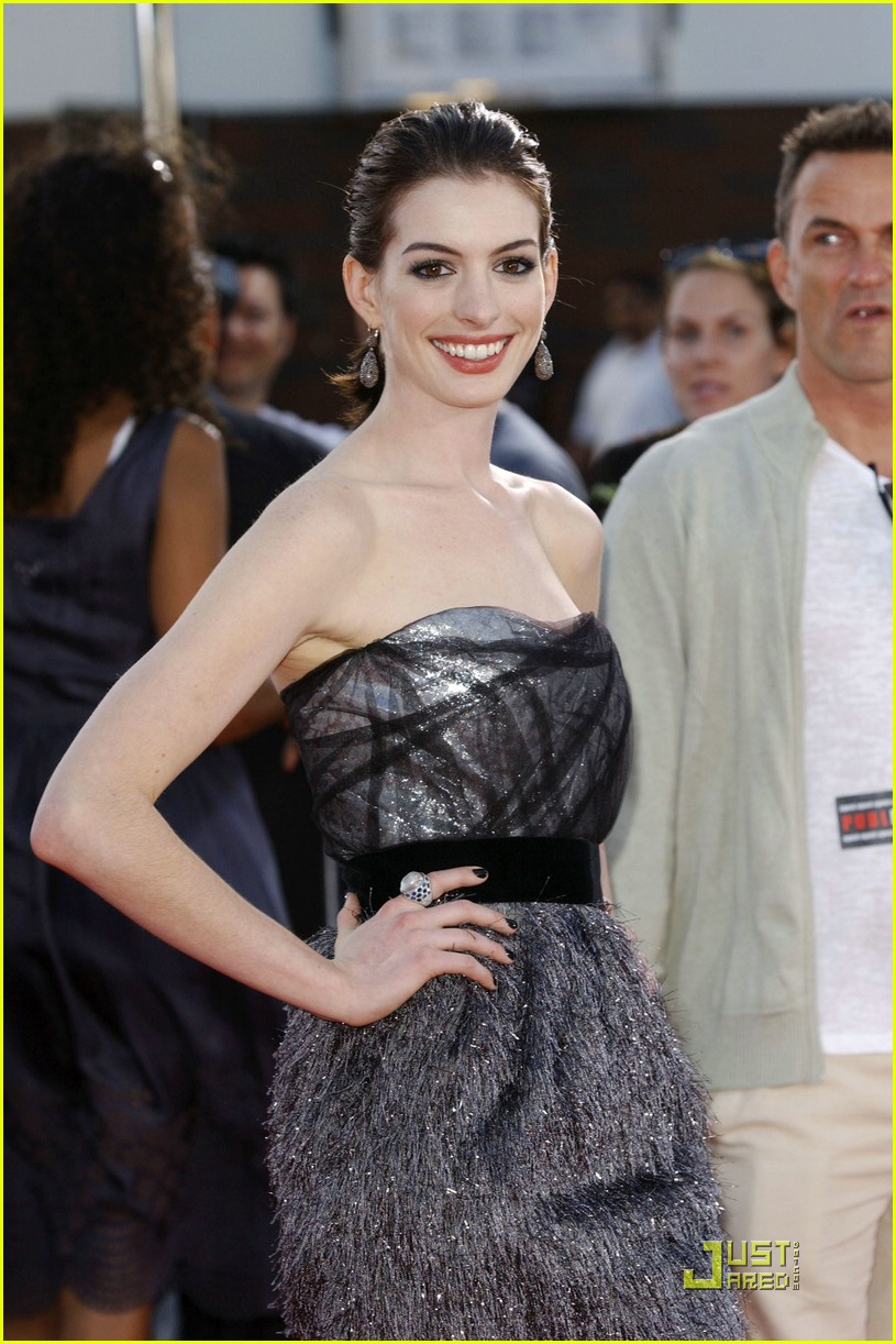 anne hathaway get smart world premiere 231206821
