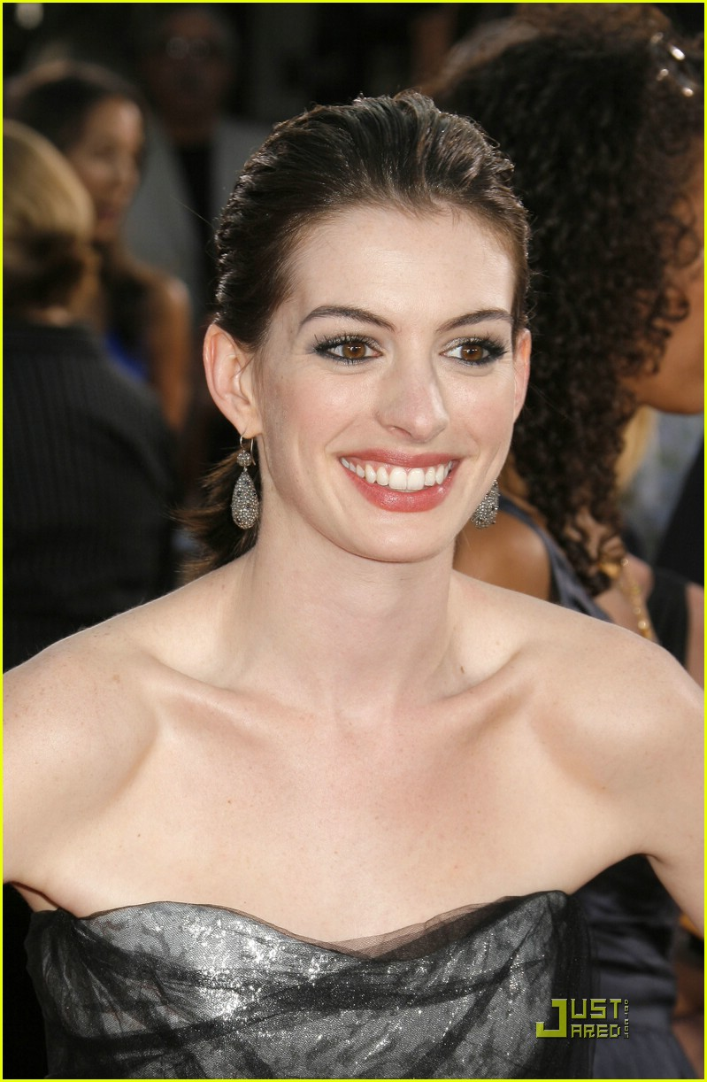 anne hathaway get smart world premiere 281206871