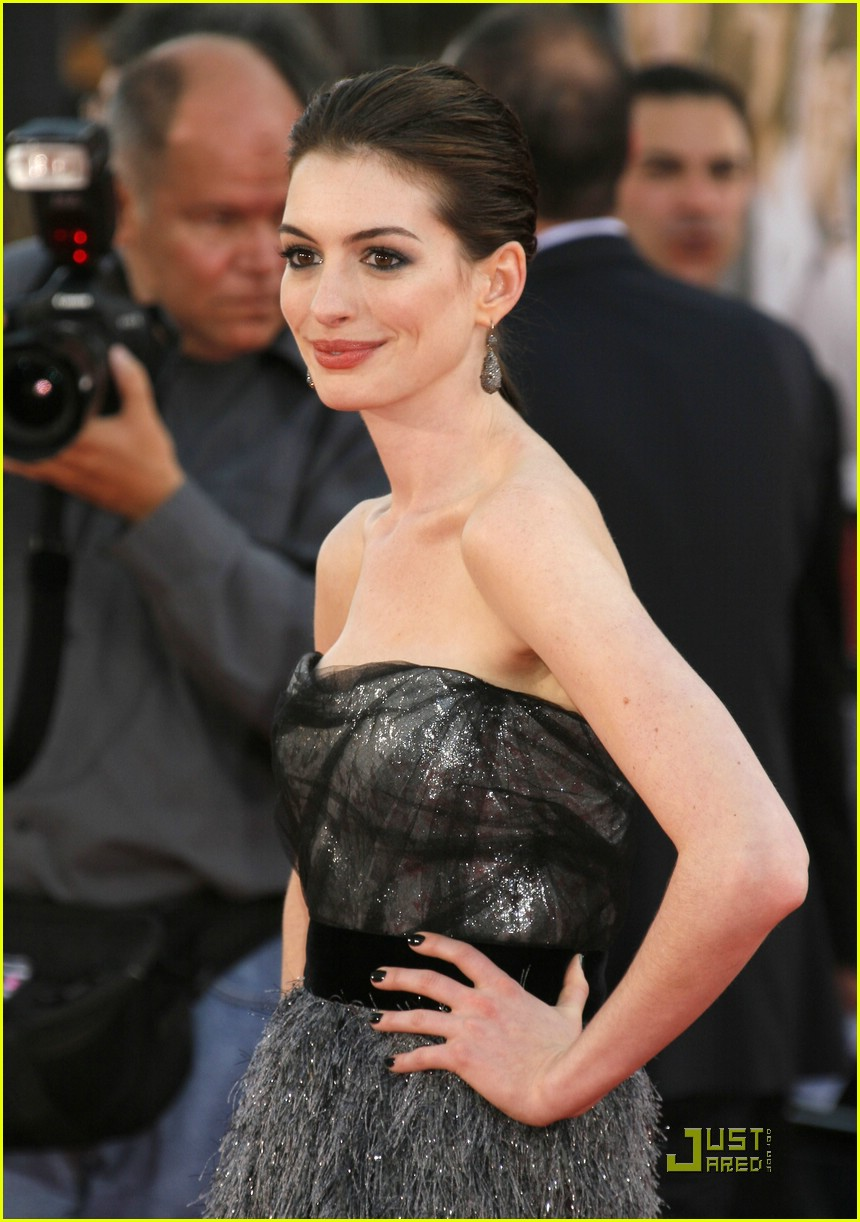 anne hathaway get smart world premiere 301206891