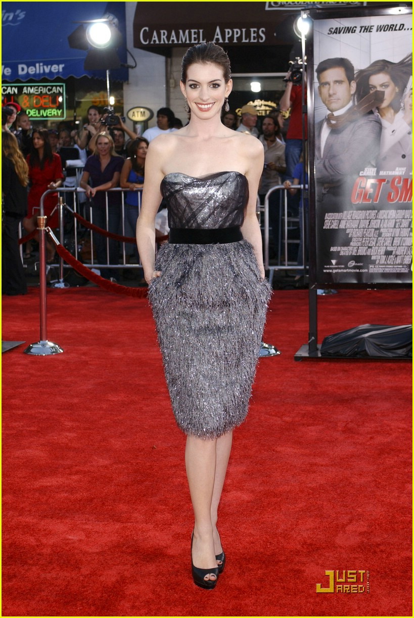 anne hathaway get smart world premiere 401206991