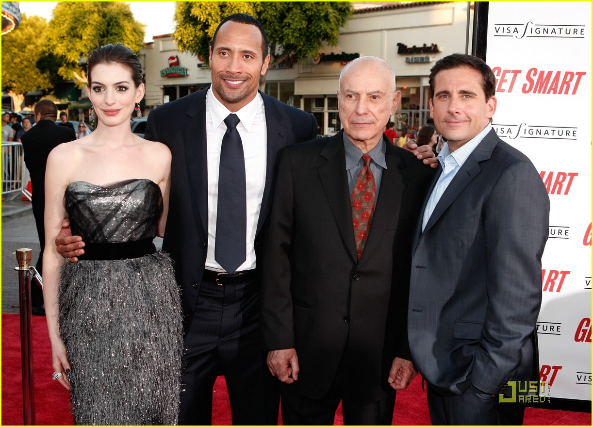anne hathaway get smart world premiere 611207201