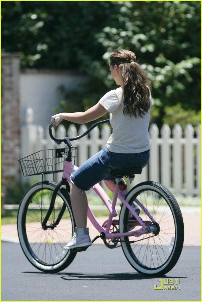 jennifer love hewitt ross mccall bicycle 05