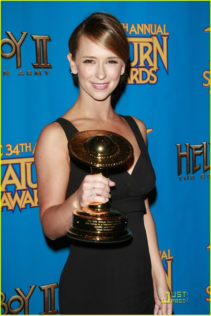 jennifer love hewitt saturn awards ghost whisperer 09