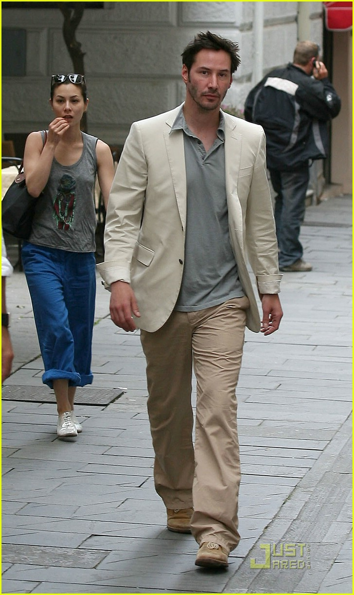 keanu reeves china chow 081208291