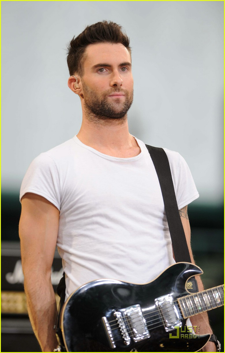 adam levine good morning america 10