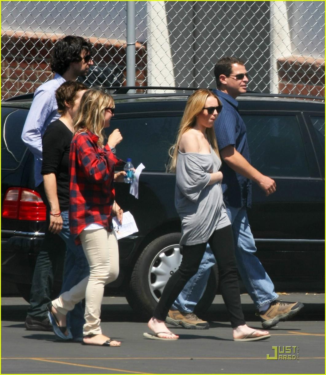 Lindsay Lohan Has Labor Pains!: Photo 1193091
