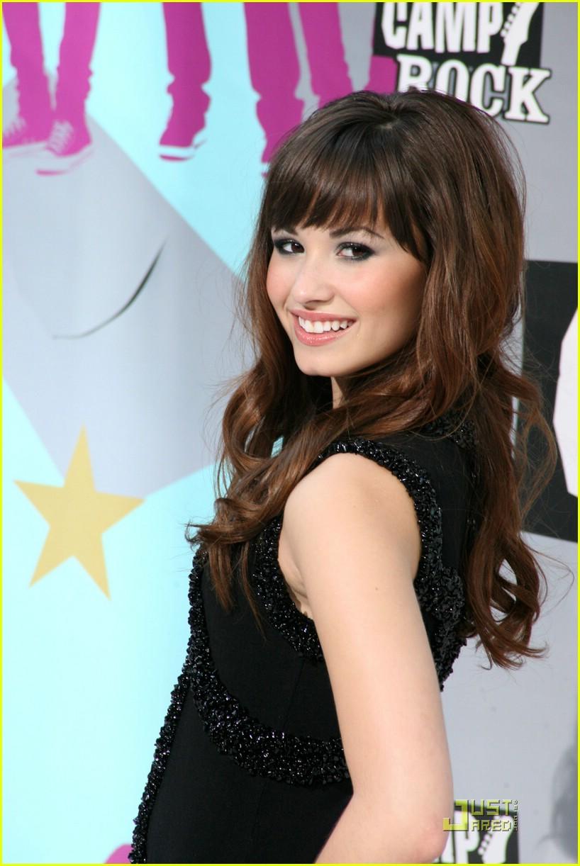 Demi Lovato Is Bangin At Camp Rock Premiere