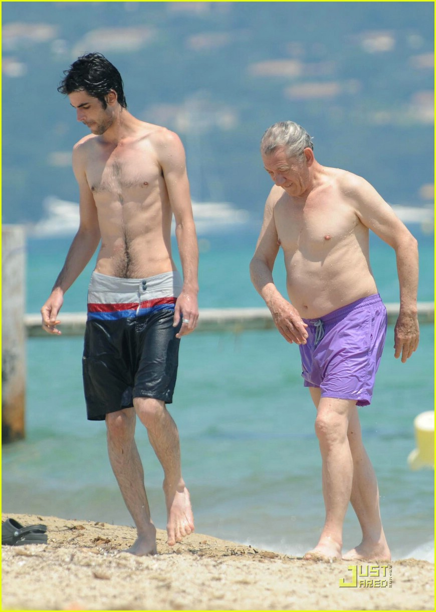 ian mckellen shirtless 091240091