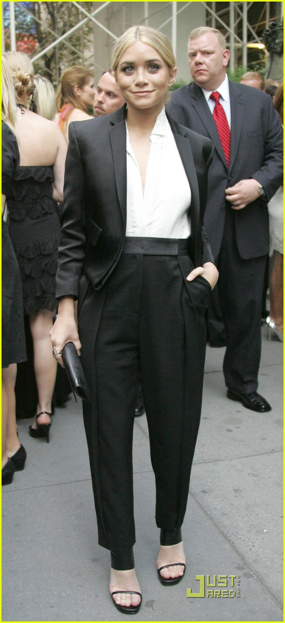 ashley olsen cfda fashion awards 041176601