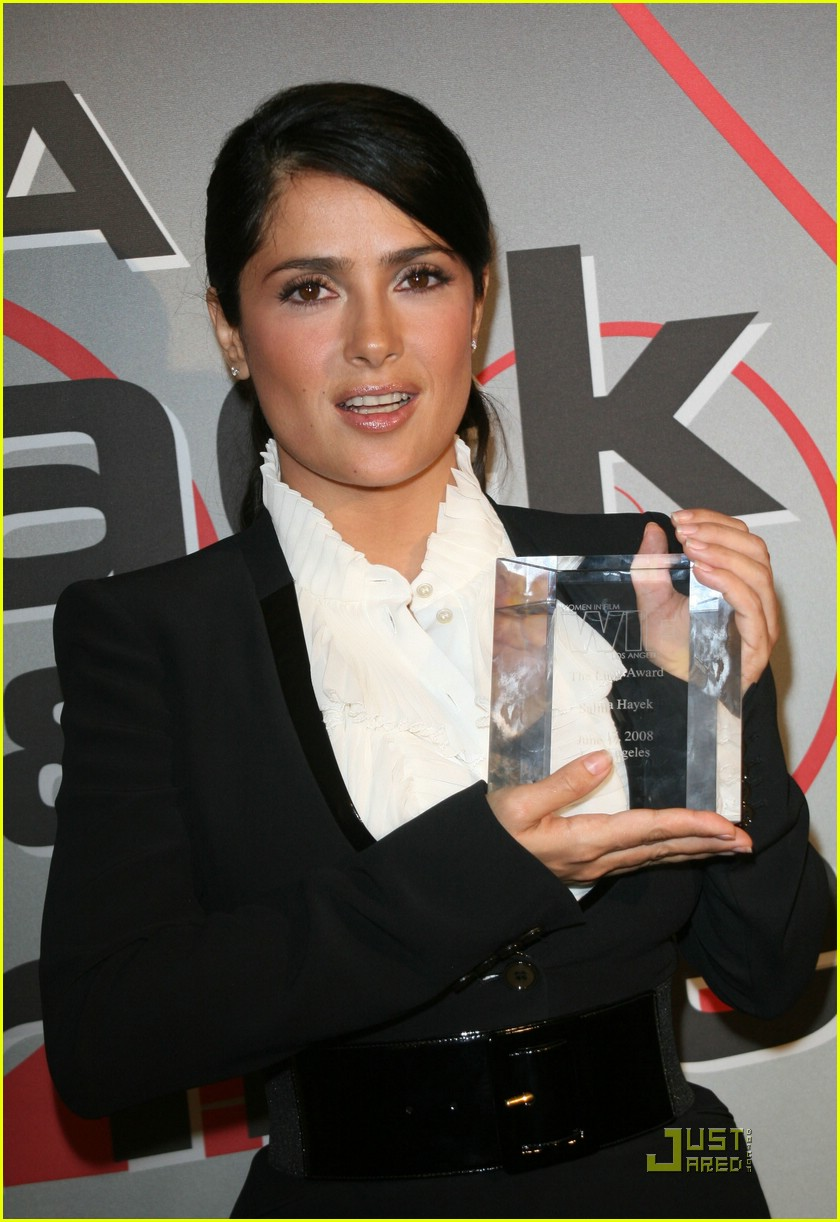 salma hayek crystal lucy awards 031209461