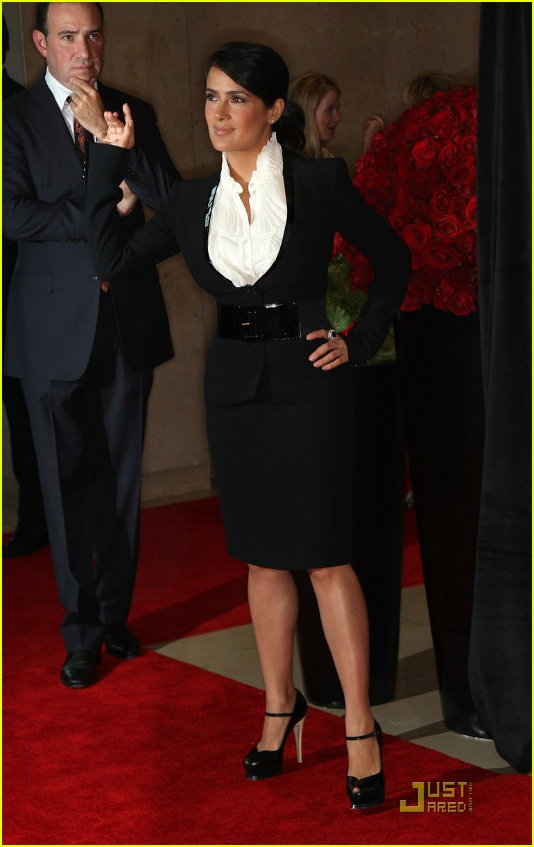 salma hayek crystal lucy awards 111209541