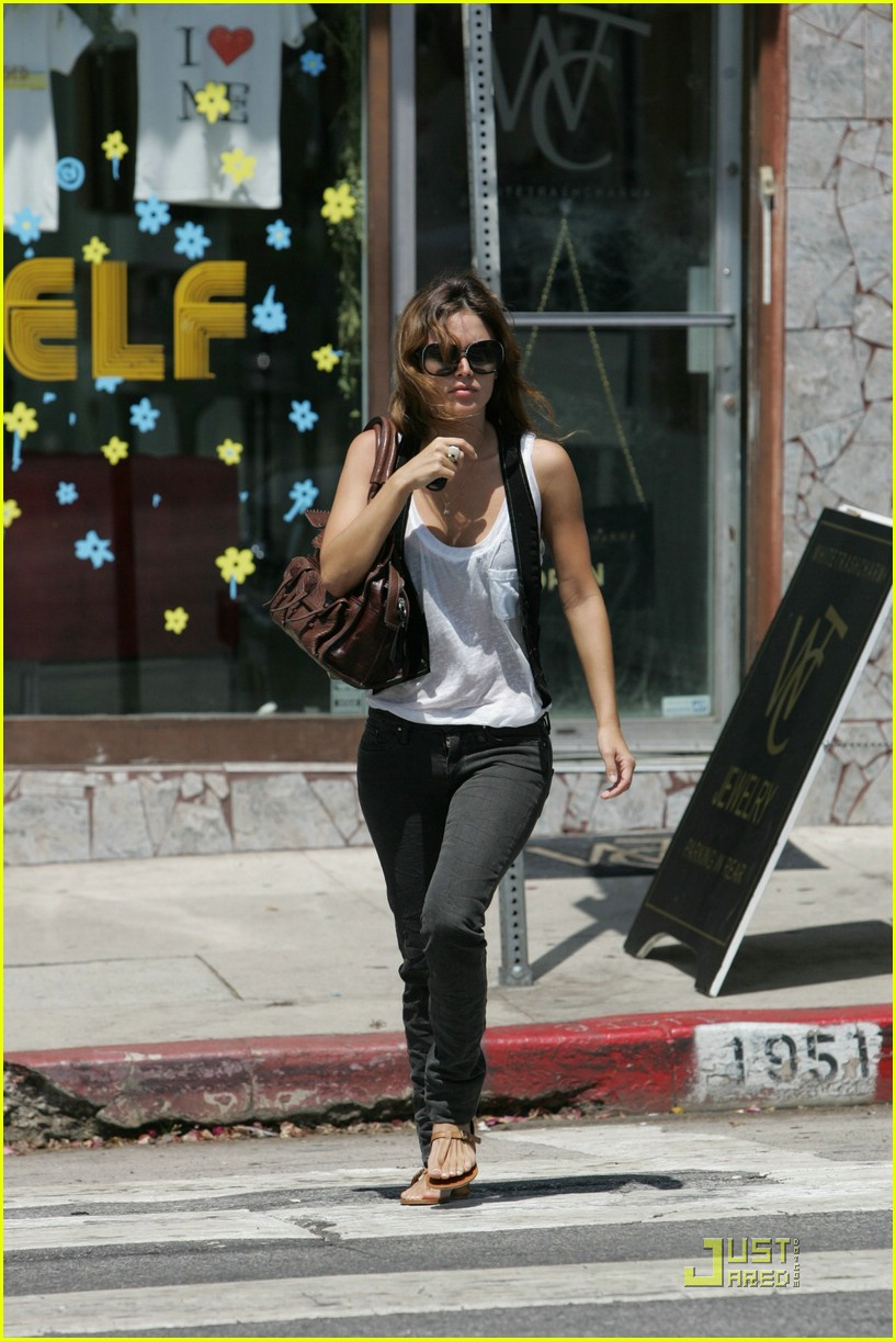 rachel bilson mustard seed 10
