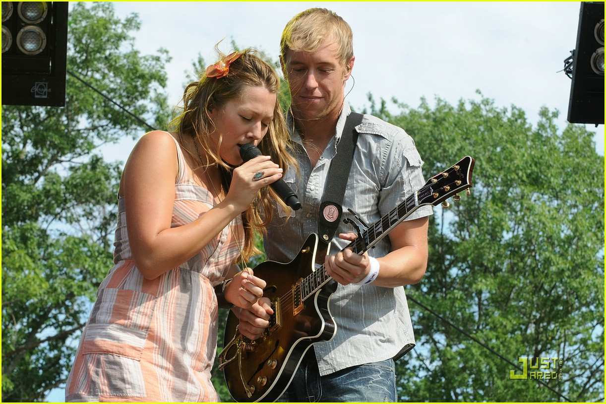 colbie caillat rothbury 021256541