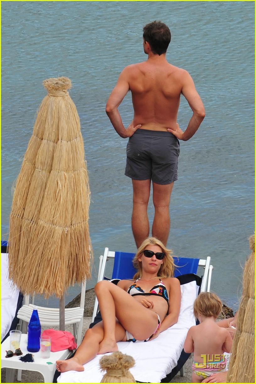 claire danes hugh dancy vacation 111283971