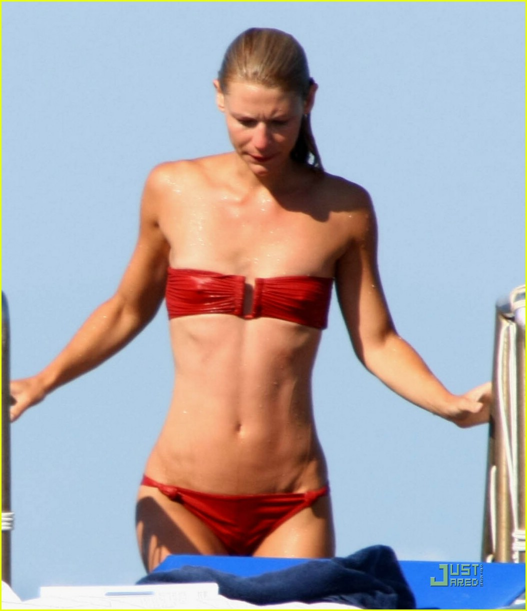 claire danes is an ischia fest freak photo 1275831 bikini claire