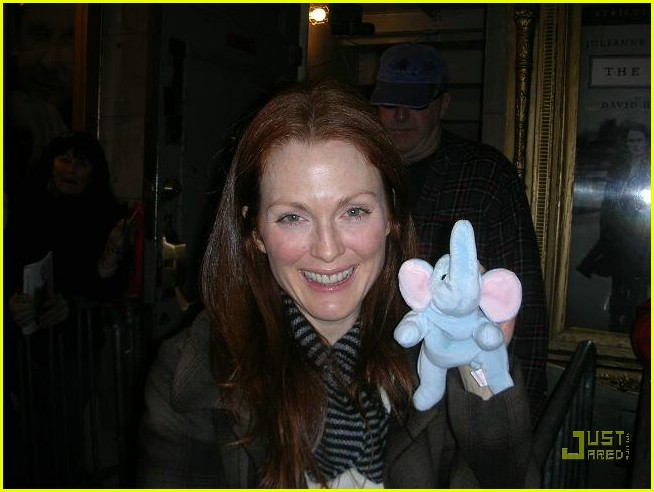 julianne moore elephant project1293581