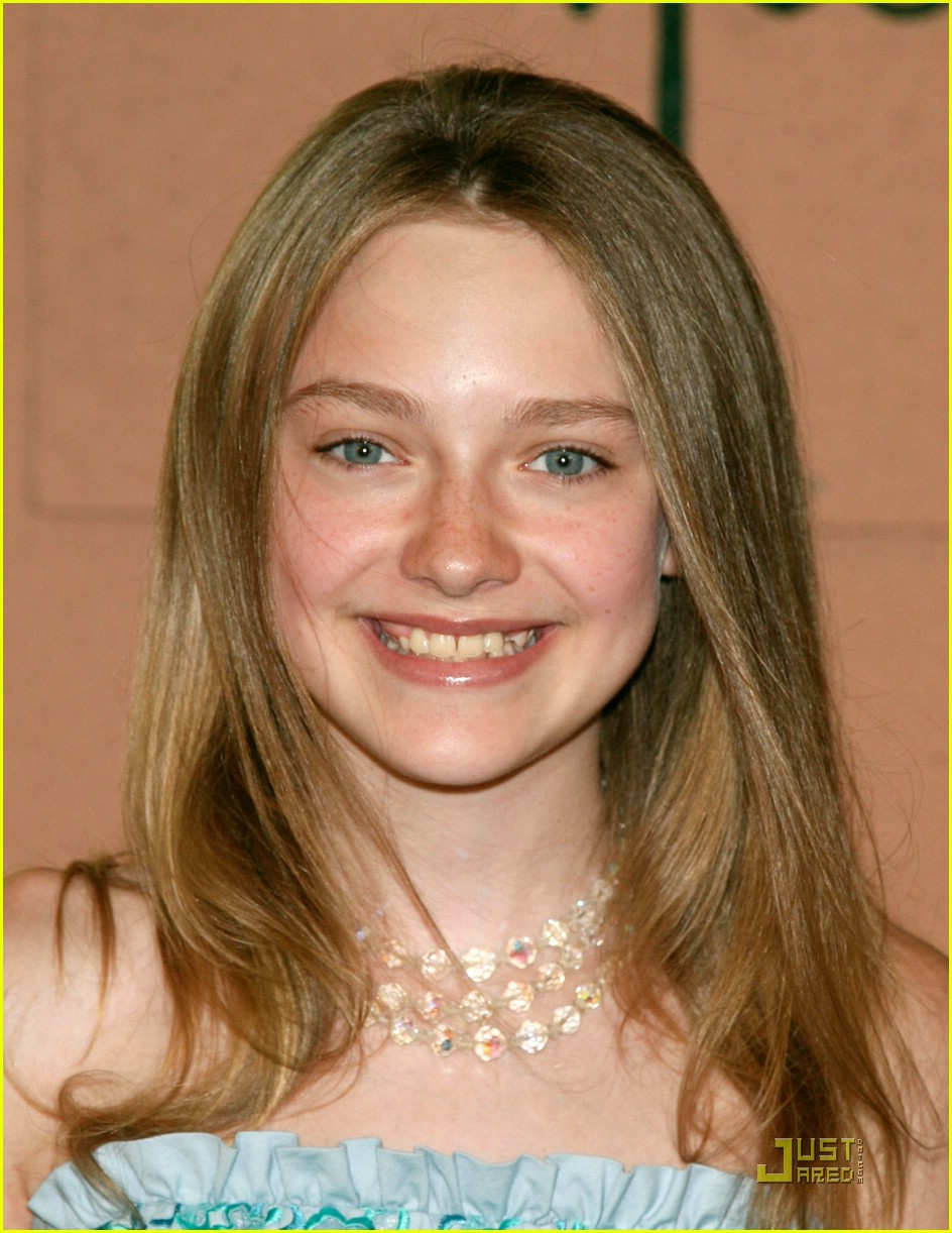 dakota fanning all grown up 041307411