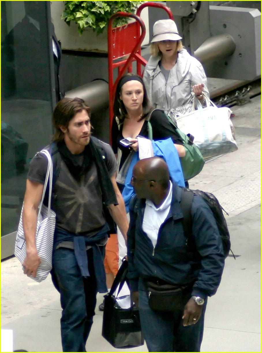 jake gyllenhaal long hair 091264821